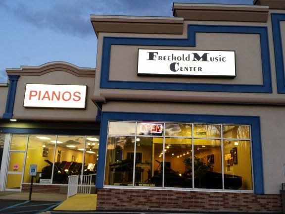 New Jersey's Yamaha Piano Store , Freehold Music Center