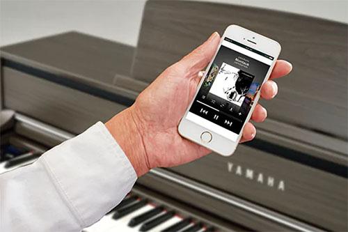 Yamaha CLP-745 Digital Piano