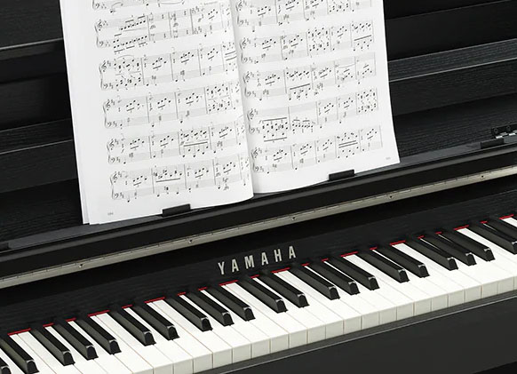 Yamaha CLP-785 Digital Piano