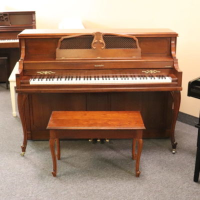 Baldwin 4026 Upright Piano